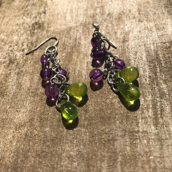 Jewelry - 🔥HOT SALE🔥 Tree fall beaded earrings (NWT)